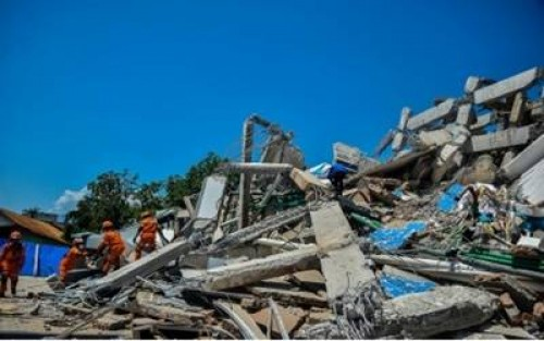Indonesia extends earthquake, tsunami rescue operations